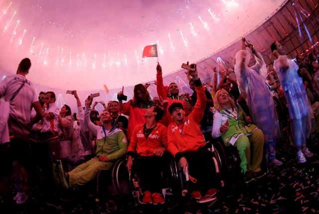 Bế mạc Paralympic Rio 2016: Ấn tượng mang đậm tính nhân văn - Ảnh 10.