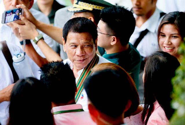 Tỷ lệ ủng hộ Tổng thống Philippines cao ngất ngưởng - Ảnh 1.