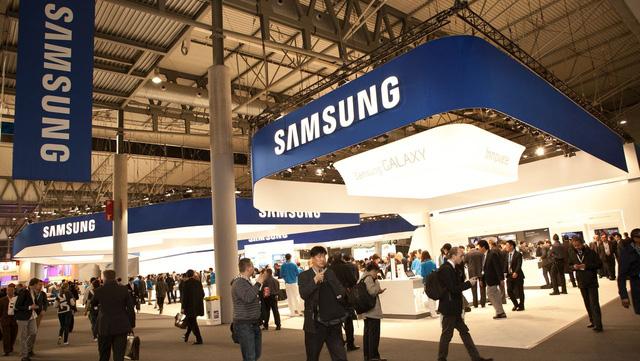 Samsung Galaxy S7 Edge là điện thoại Android bán chạy nhất năm - Ảnh 1.