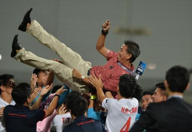 HLV Hoàng Anh Tuấn: U19 Việt Nam hoàn toàn thoải mái trước trận gặp U19 Nhật Bản - Ảnh 1.