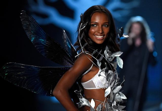 Victorias Secret show 2016: Công bố thiết kế đắt giá 3 triệu USD - Ảnh 2.
