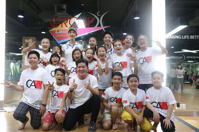 Giọng hát Việt nhí 2016: Vũ Cát Tường mời Xuân Lan dạy catwalk cho học trò - Ảnh 6.