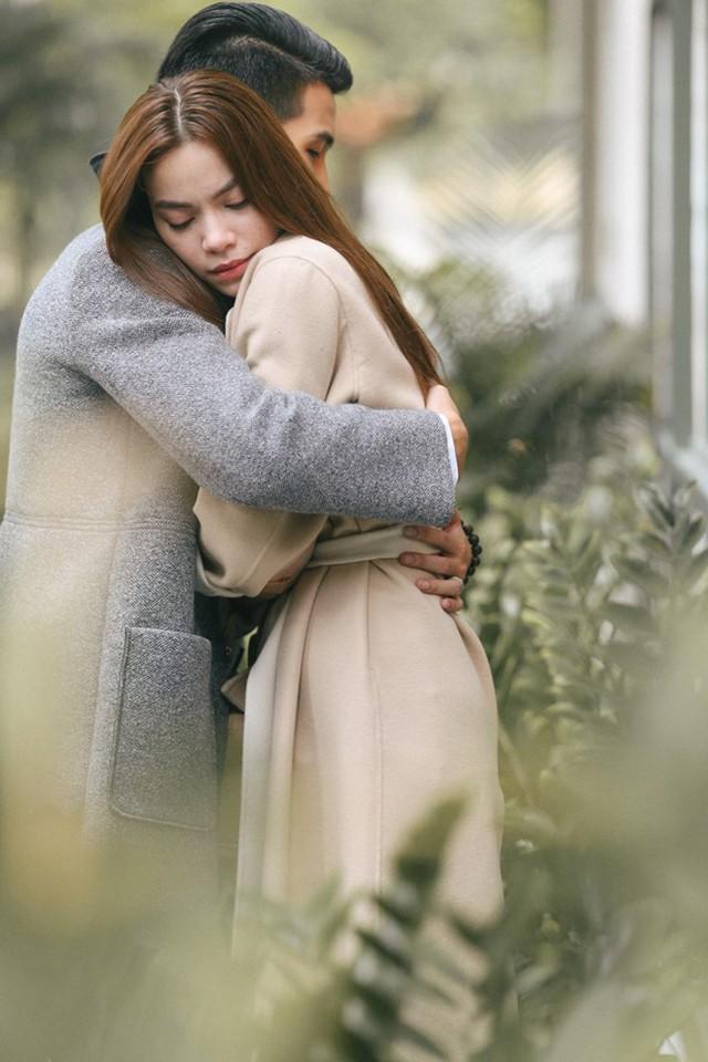 Hồ Ngọc Hà tình cảm cùng trai trẻ trong phim ngắn - Ảnh 3.