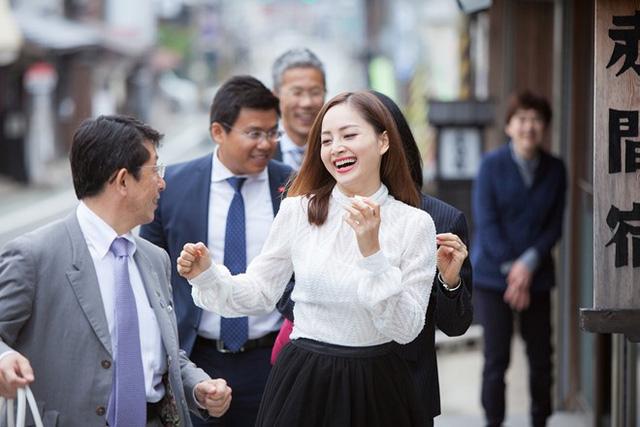 Lan Phương trở thành đại sứ của thành phố ở Nhật Bản - Ảnh 4.