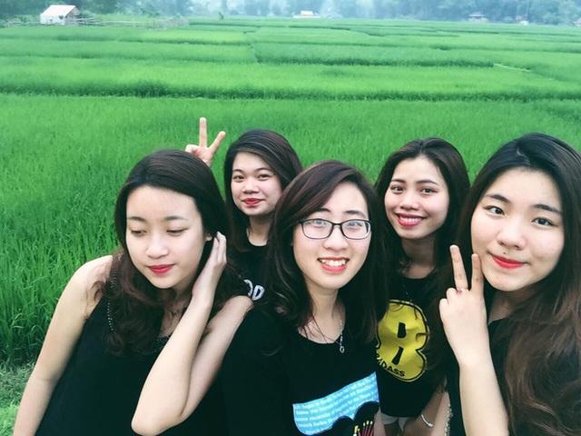 Ngắm ảnh đời thường mộc mạc khó tin của Hoa hậu Việt Nam 2016 - Ảnh 11.