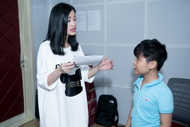 Giọng hát Việt nhí 2016: Top 3 ráo riết luyện tập trước thềm Chung kết - Ảnh 9.