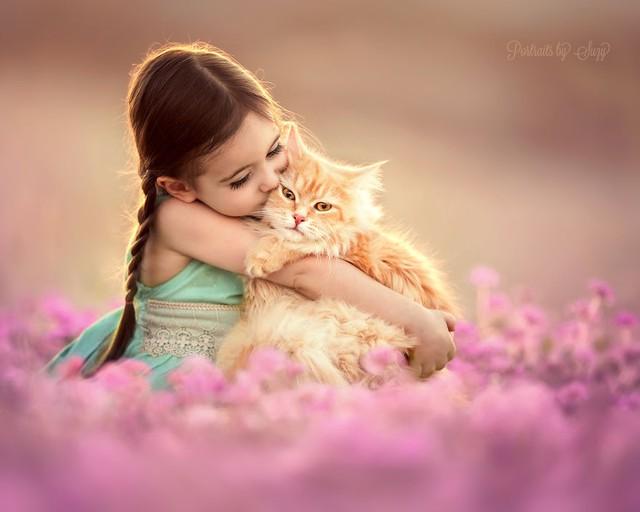 Ngất ngây bộ ảnh siêu dễ thương về bé gái yêu động vật - Ảnh 6.
