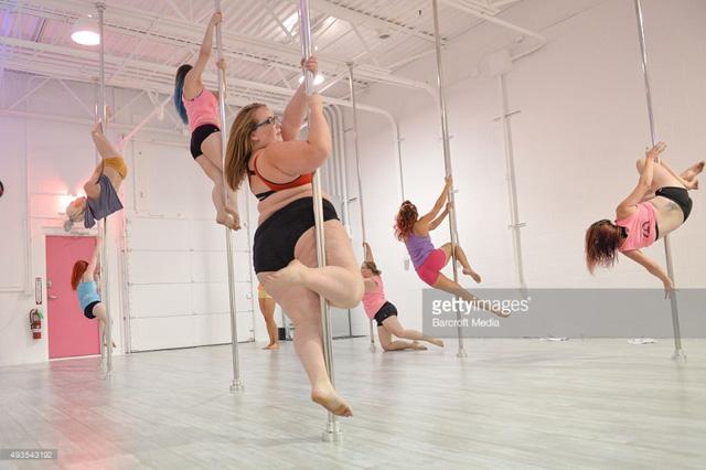 Múa cột - môn nghệ thuật ngày càng được giới trẻ yêu thích - Ảnh 6.