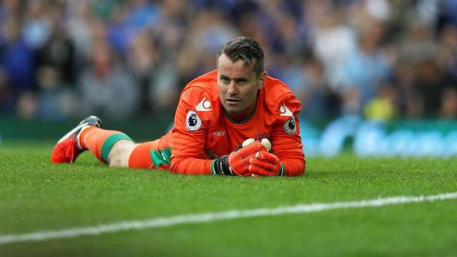 ĐHTB vòng 3 Ngoại hạng Anh: Thủ như Man Utd, công như Chelsea, Man City - Ảnh 1.