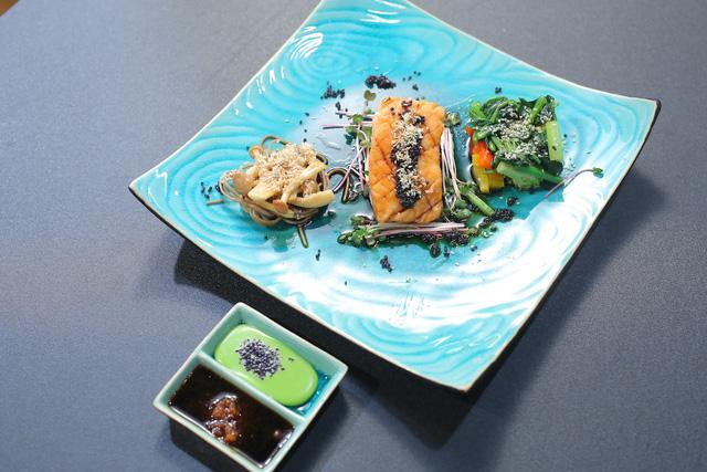 Vua đầu bếp nhí: Tự tin với món sushi, công chúa thỏ vẫn bị loại - Ảnh 12.