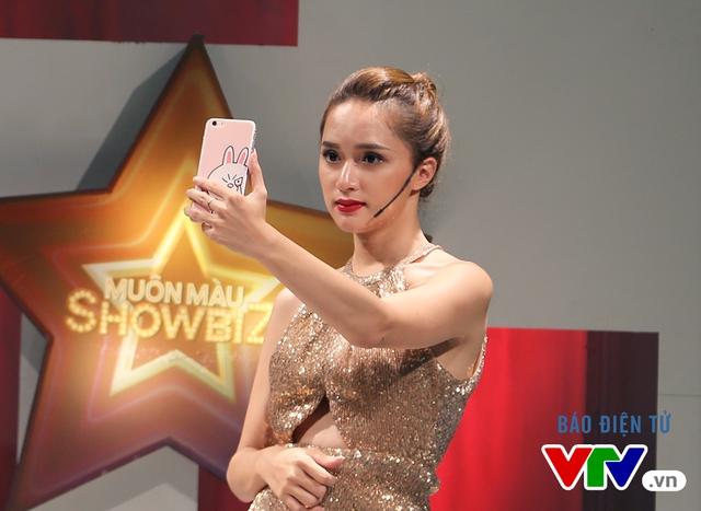 Hương Giang Idol sang trọng và quyến rũ ở Muôn màu Showbiz - Ảnh 6.