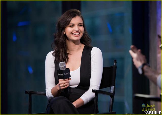 """Rebecca Black trải lòng về hit """"thảm họa"""" Friday năm nào - Ảnh 1."""