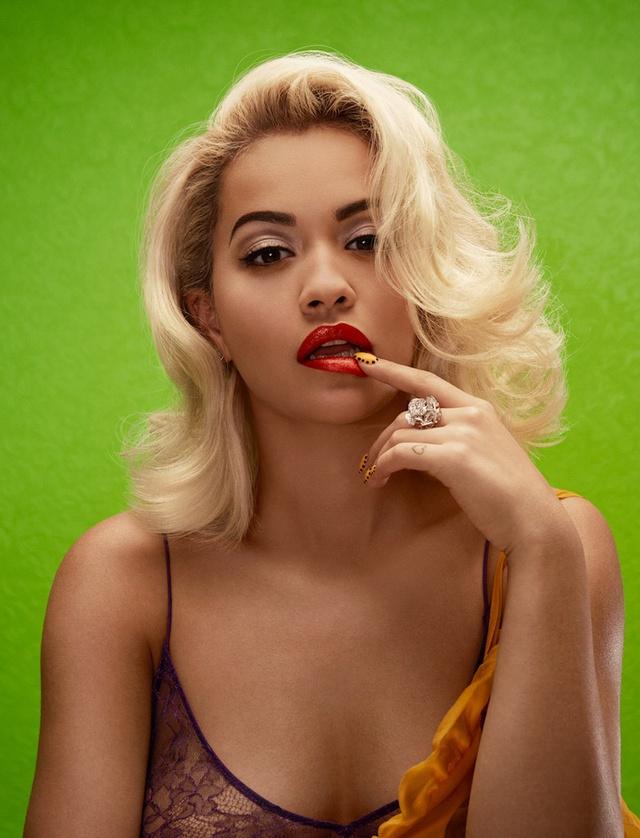 Americas Next Top Model: Rita Ora không thua gì mẫu chuyên nghiệp - Ảnh 2.