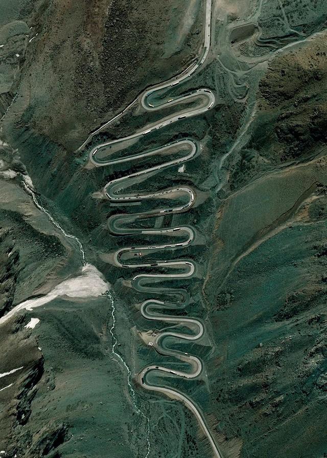 Ngắm thế giới ảo diệu từ góc chụp vệ tinh - Ảnh 10.