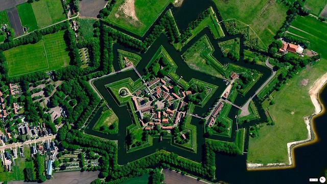 Ngắm thế giới ảo diệu từ góc chụp vệ tinh - Ảnh 4.