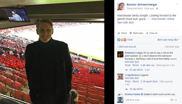 Không được thi đấu, Schweinsteiger bị bỏ rơi luôn cả lúc chụp ảnh - Ảnh 2.