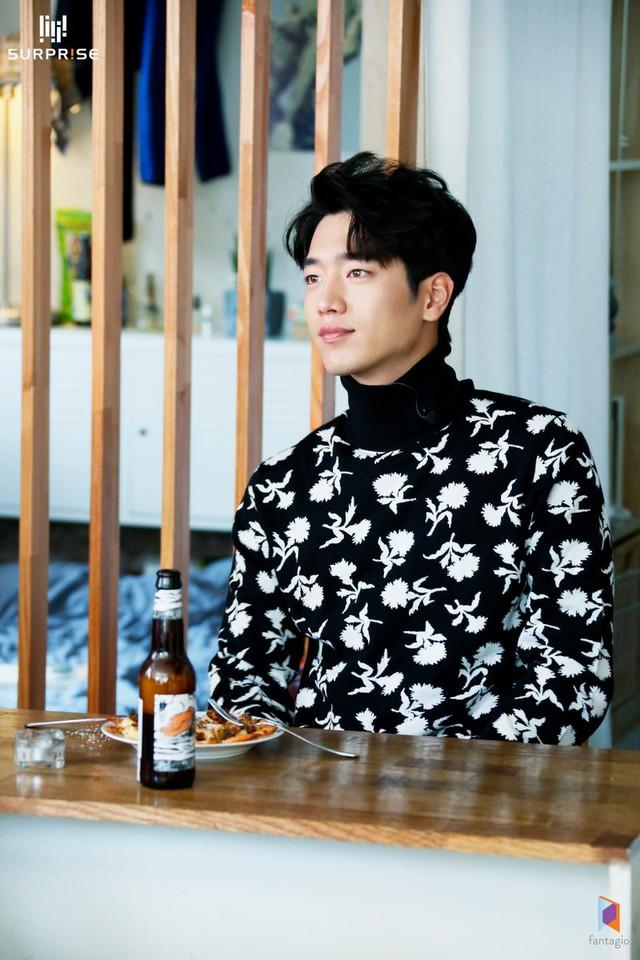Mỹ nam cùng nhóm với Kang Tae Oh điển trai hết cỡ trong loạt ảnh mới - Ảnh 2.