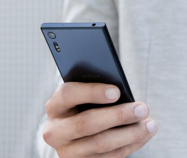 Sony Xperia X Compact và Xperia XZ lộ ngày lên kệ và giá bán - Ảnh 3.