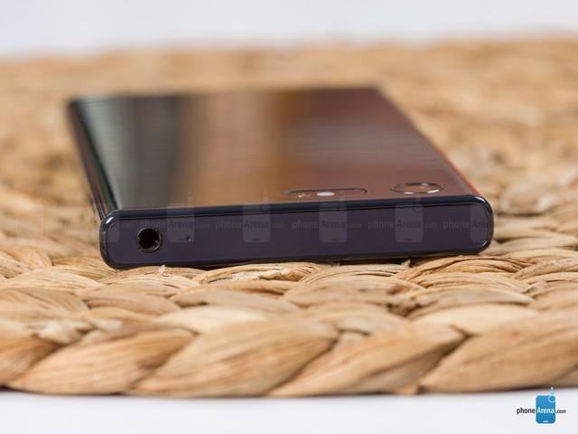 Cận cảnh Sony Xperia X Compact mới ra mắt với giá 500 USD - Ảnh 6.