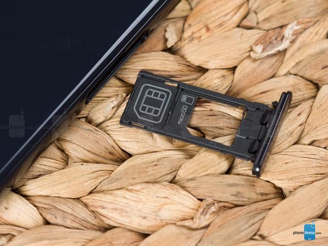 Cận cảnh Sony Xperia X Compact mới ra mắt với giá 500 USD - Ảnh 4.