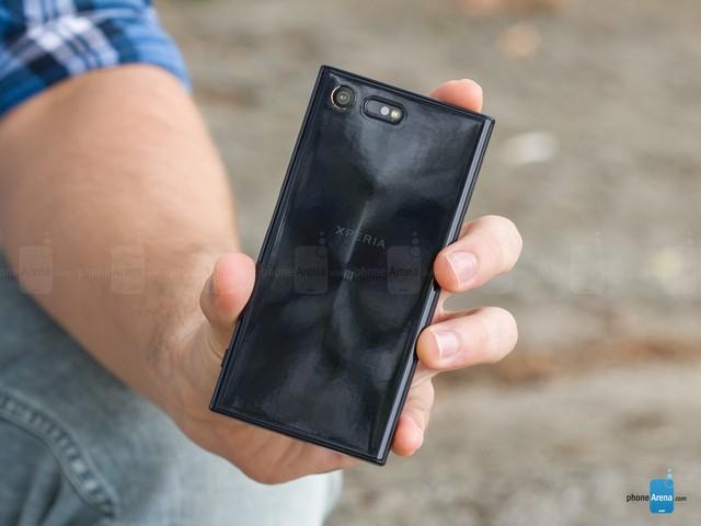 Cận cảnh Sony Xperia X Compact mới ra mắt với giá 500 USD - Ảnh 3.