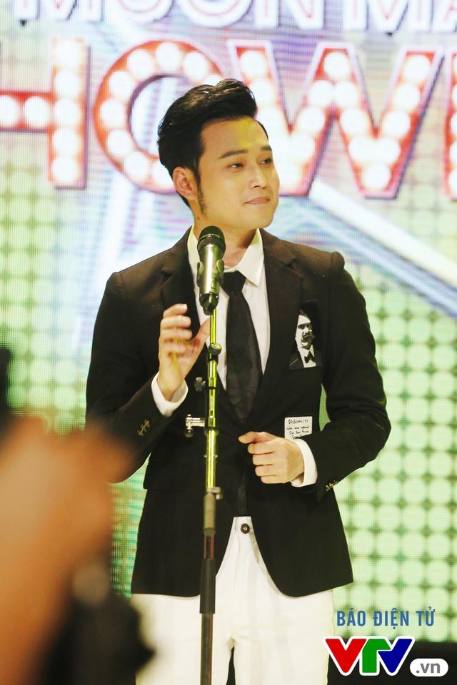 Muôn màu showbiz: Quang Vinh đãi fan Hà Nội với loạt hit cũ - Ảnh 3.