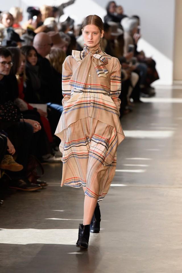 Săm soi 10 xu hướng Thu - Đông ở các Tuần lễ thời trang - Ảnh 20.