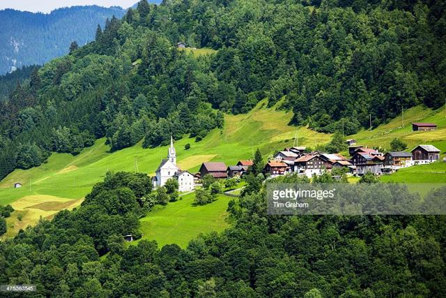 Khám phá cảnh sắc thiên nhiên tuyệt đẹp của đất nước Thụy Sĩ - Ảnh 11.