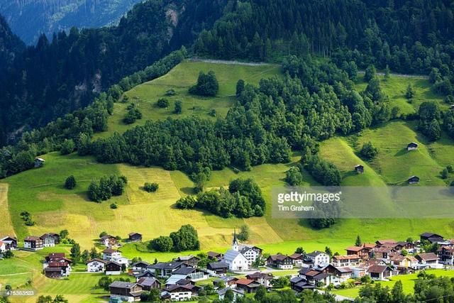 Khám phá cảnh sắc thiên nhiên tuyệt đẹp của đất nước Thụy Sĩ - Ảnh 9.