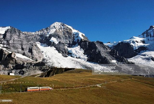 Khám phá cảnh sắc thiên nhiên tuyệt đẹp của đất nước Thụy Sĩ - Ảnh 5.