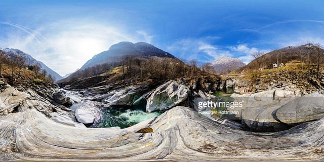 Khám phá cảnh sắc thiên nhiên tuyệt đẹp của đất nước Thụy Sĩ - Ảnh 3.