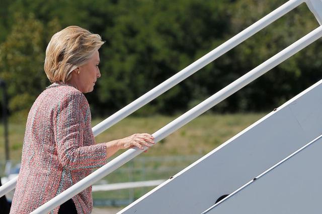 Sau ồn ào về sức khỏe, bà Hillary Clinton đã trở lại đường đua vào Nhà Trắng - Ảnh 2.
