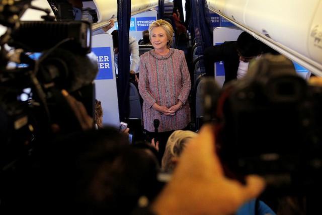 Sau ồn ào về sức khỏe, bà Hillary Clinton đã trở lại đường đua vào Nhà Trắng - Ảnh 4.