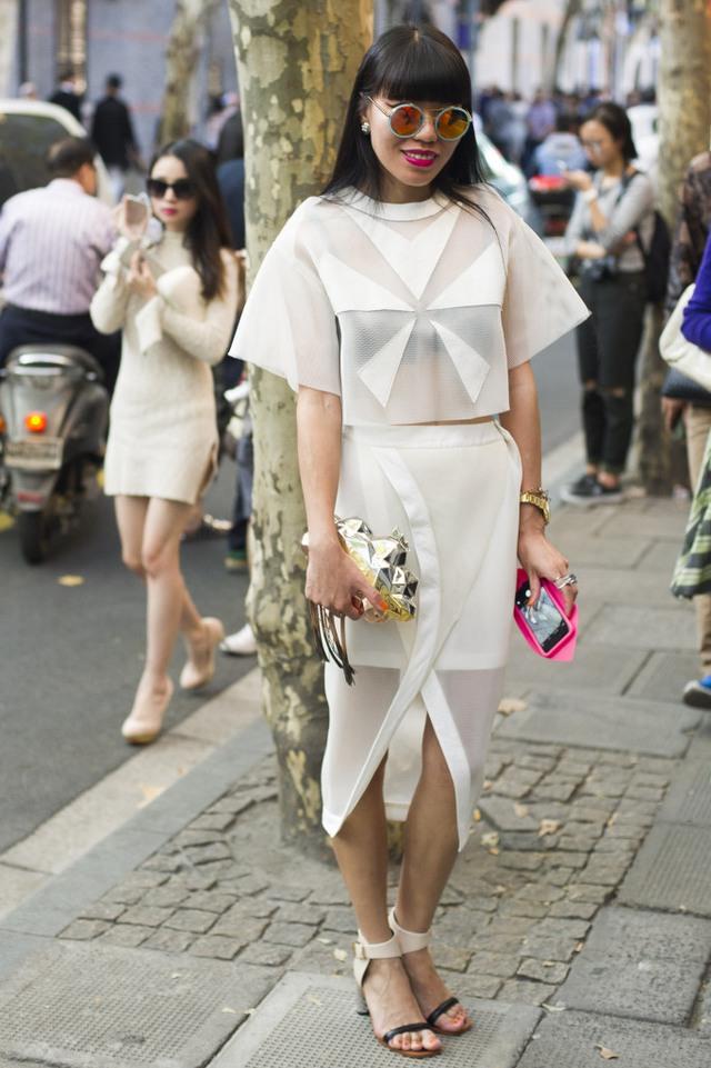 Những tín đồ thời trang Trung Quốc chơi trội bằng phụ kiện độc - Ảnh 5.
