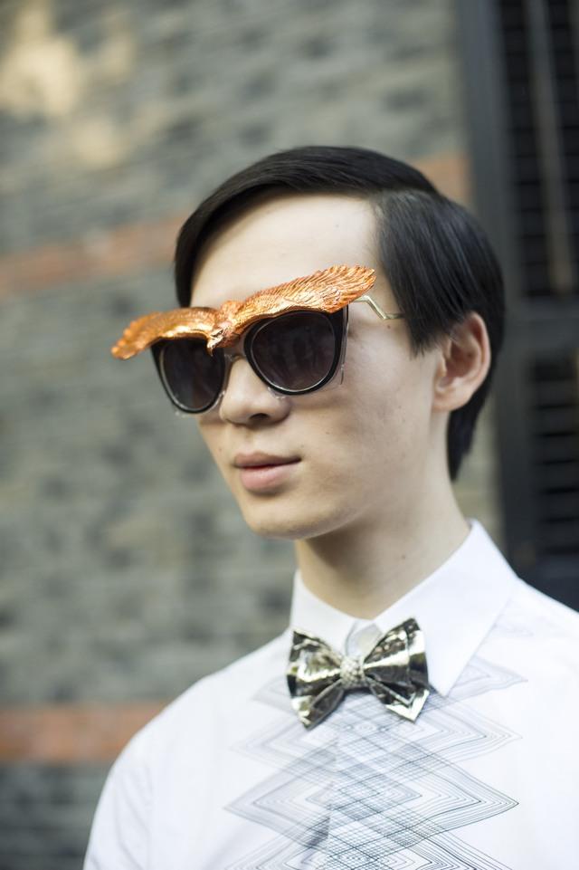 Những tín đồ thời trang Trung Quốc chơi trội bằng phụ kiện độc - Ảnh 19.