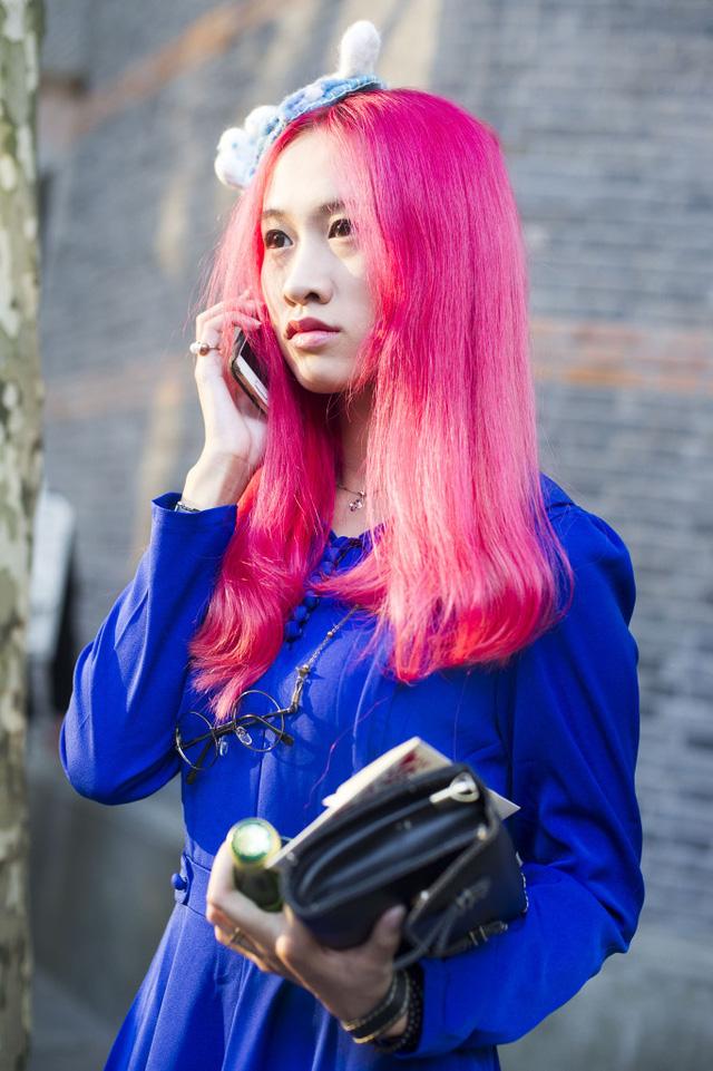 Những tín đồ thời trang Trung Quốc chơi trội bằng phụ kiện độc - Ảnh 20.