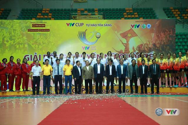 Ảnh: Những khoảnh khắc ấn tượng trong Lễ bế mạc VTV Cup 2016 - Tôn Hoa Sen - Ảnh 16.
