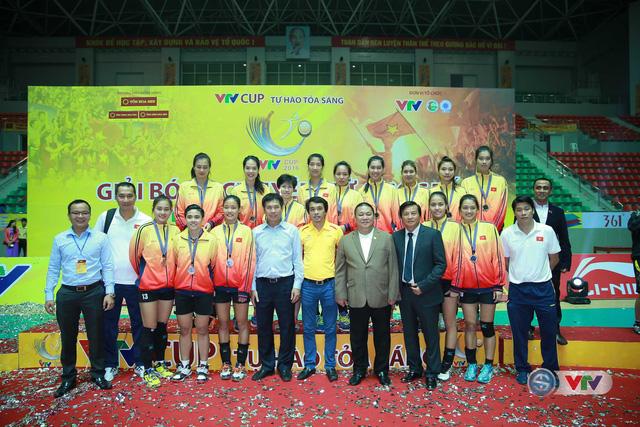 Ảnh: Những khoảnh khắc ấn tượng trong Lễ bế mạc VTV Cup 2016 - Tôn Hoa Sen - Ảnh 20.