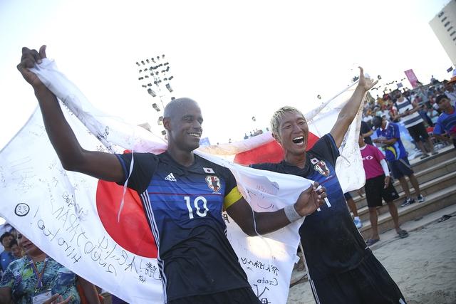 Bóng đá bãi biển Nhật Bản đăng quang ABG 5 sau trận chung kết siêu căng thẳng - Ảnh 3.