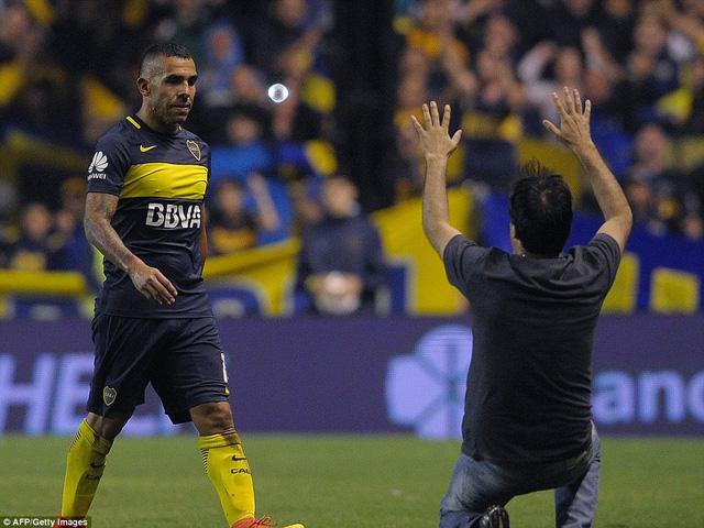 Tevez tạm biệt Boca, sang Trung Quốc nhận lương cao nhất thế giới - Ảnh 1.