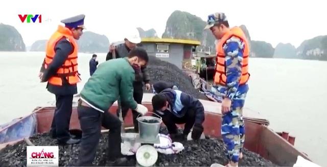 Hóa đơn khống thành vỏ bọc cho khoáng sản lậu trên đường thủy - Ảnh 1.