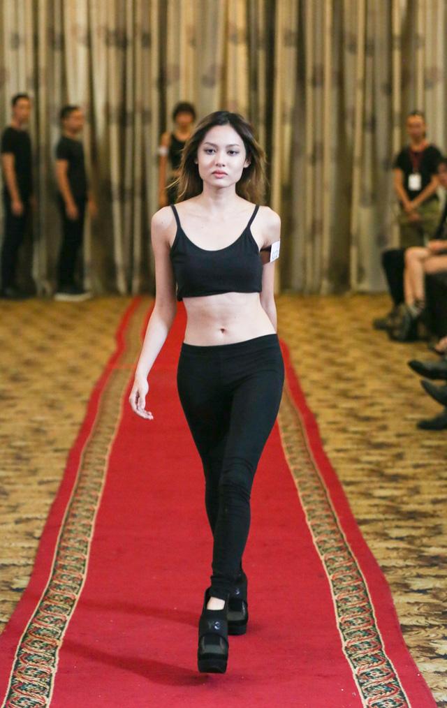 Top 18 VNTM nô nức casting người mẫu Tuần lễ thời trang quốc tế Việt Nam - Ảnh 8.