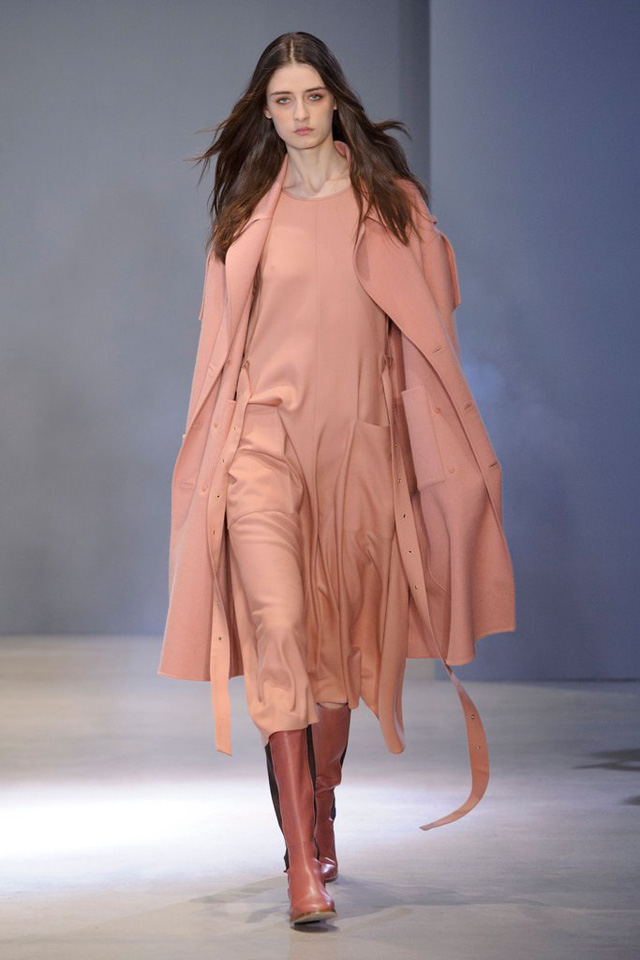 Săm soi 10 xu hướng Thu - Đông ở các Tuần lễ thời trang - Ảnh 4.