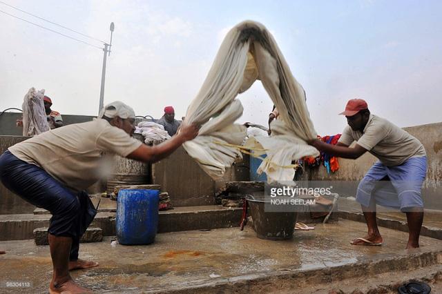 Những thợ giặt truyền thống thời hiện đại ở Ấn Độ - Ảnh 2.
