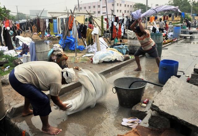 Những thợ giặt truyền thống thời hiện đại ở Ấn Độ - Ảnh 3.