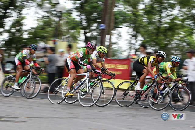 Ảnh: Những khoảnh khắc đẹp chặng 10 Giải xe đạp quốc tế VTV - Cúp Tôn Hoa Sen 2016 - Ảnh 2.