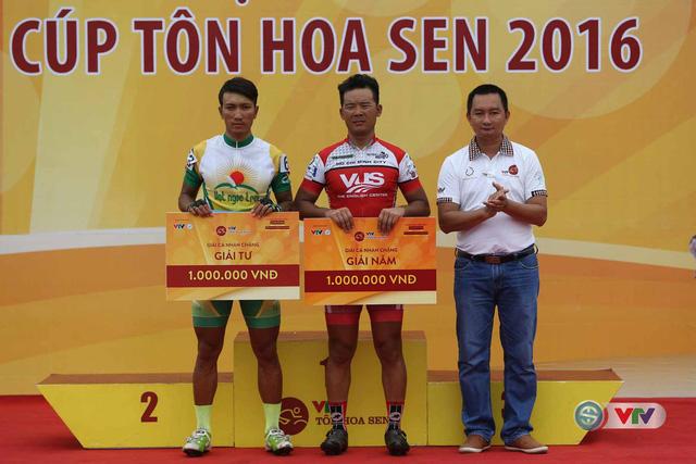 Ảnh: Khoảnh khắc ấn tượng chặng 8 Giải xe đạp quốc tế VTV Cúp – Tôn Hoa Sen 2016  - Ảnh 16.