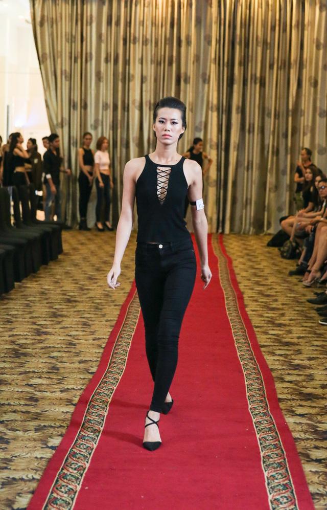 Top 18 VNTM nô nức casting người mẫu Tuần lễ thời trang quốc tế Việt Nam - Ảnh 6.