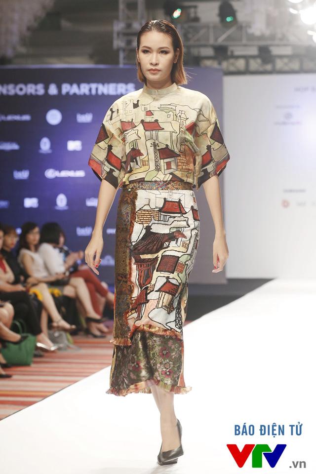 Ngọc Châu mở màn Tuần lễ thời trang quốc tế Việt Nam Thu - Đông 2016 - Ảnh 3.