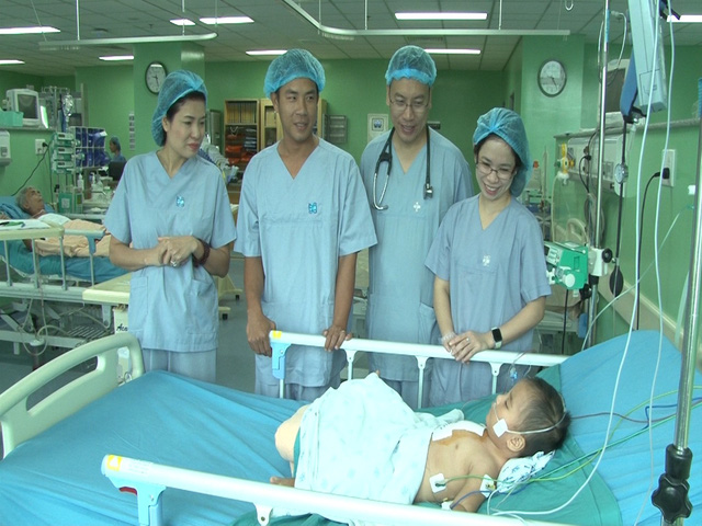 Tìm lại sự sống cho cháu bé 1 tuổi bị bệnh tim bẩm sinh - Ảnh 3.